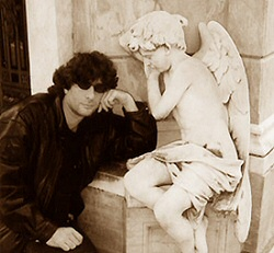 Neil Gaiman with friend