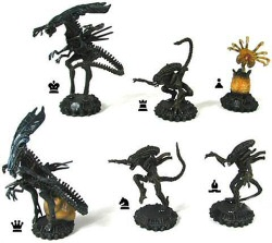 Aliens chess set by Sota Toys