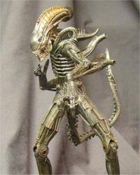 warrior-alien-toy