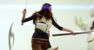 Amy and Rory fight robots in the Doctor Who fall trailer